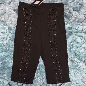 NWT tie up biker shorts